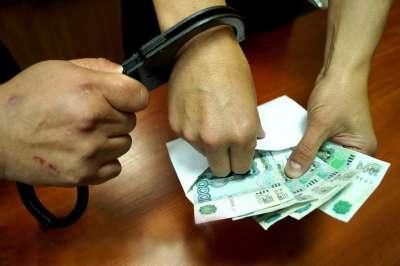 Жестко задержанных в Абакане   приставов заключили под домашний арест